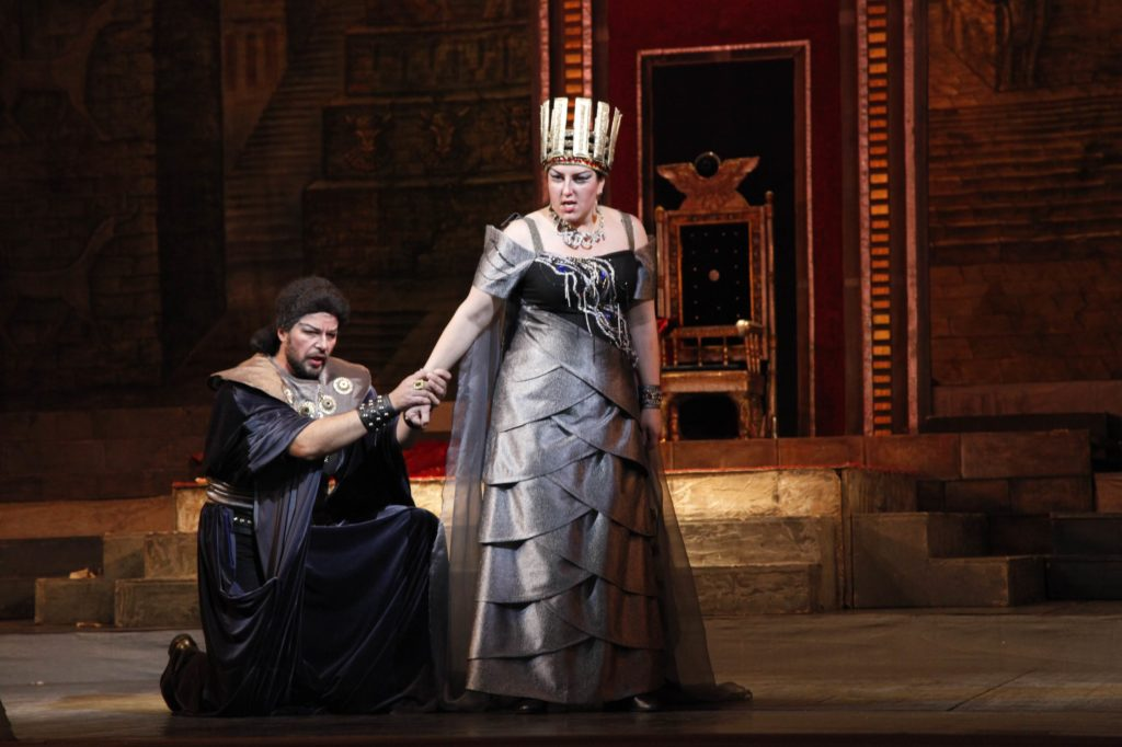 Nabucco 235