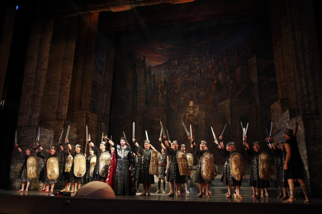 Nabucco 320