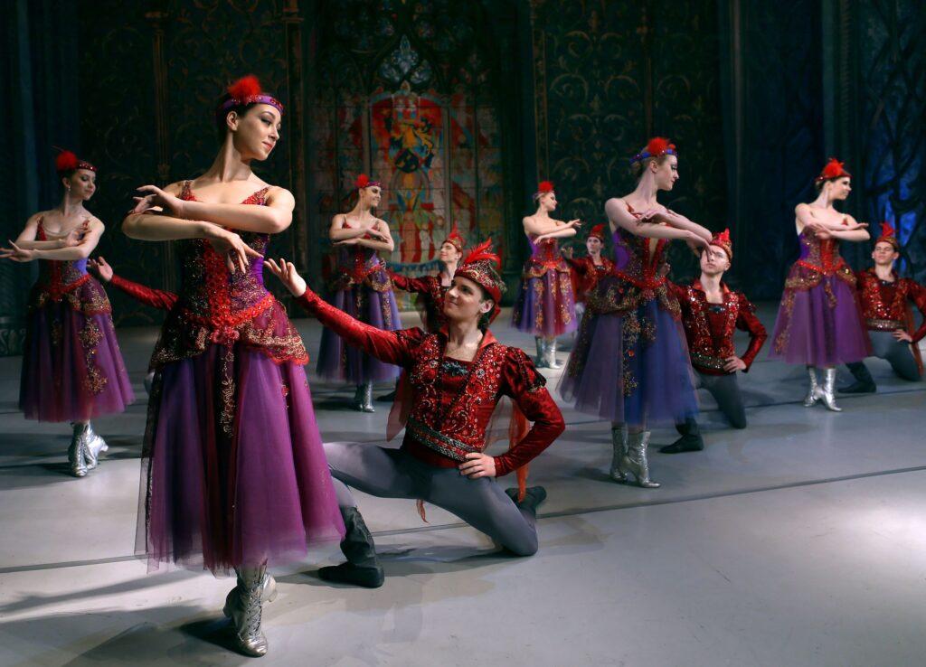 balet_LEBEDYNE_OZERO_new_decoration_(KRAWS-Х)_3183