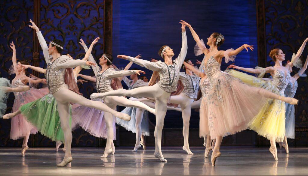 balet_LEBEDYNE_OZERO_new_decoration_(KRAWS-Х)_0054