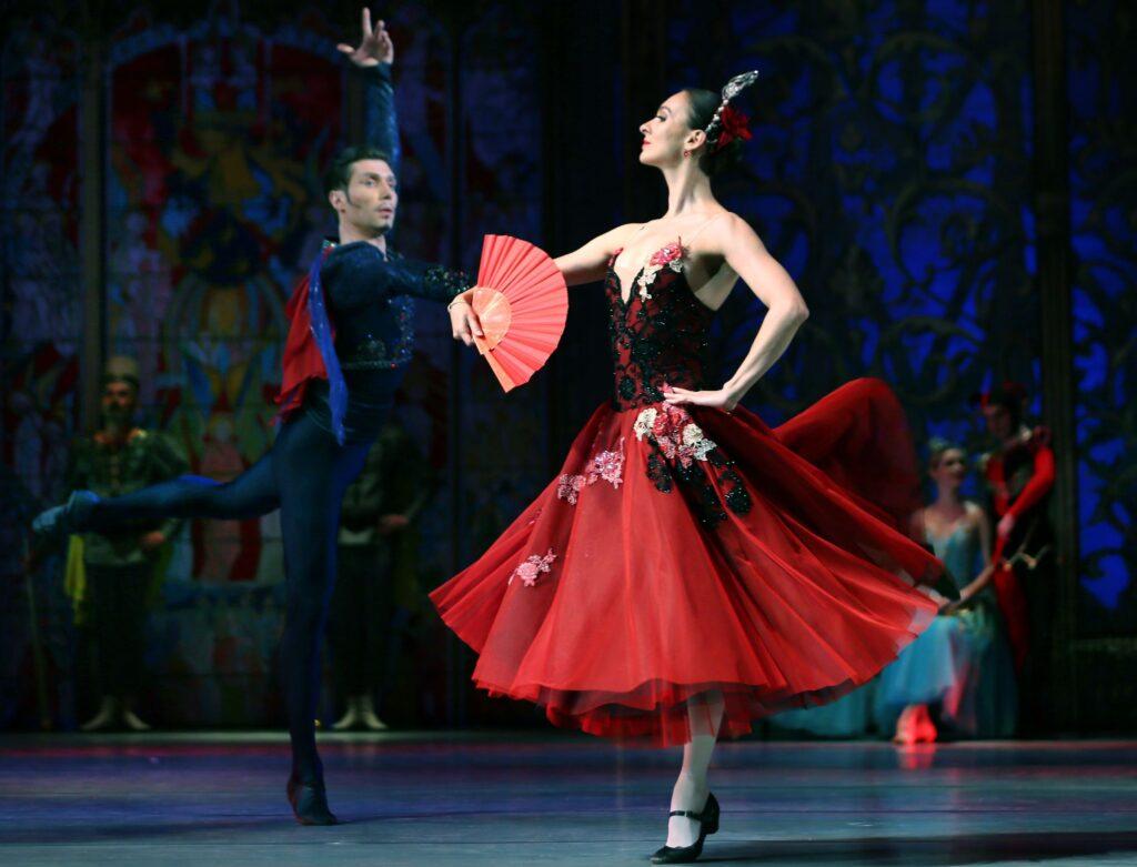 balet_LEBEDYNE_OZERO_new_decoration_(KRAWS-Х)_1669